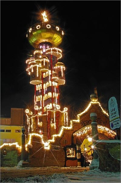 Hundertwasserturm Weihnachtsmarkt